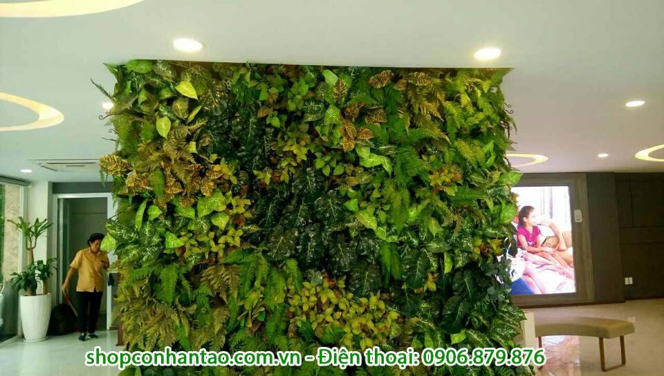 Chi phí thi công tường cây giả tại Sài Gòn
