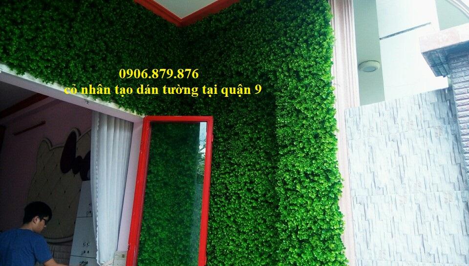 Thi công cỏ nhân tạo ốp tường tại quận 9, cỏ nhân tạo dán tường quán cafe tại quận 9