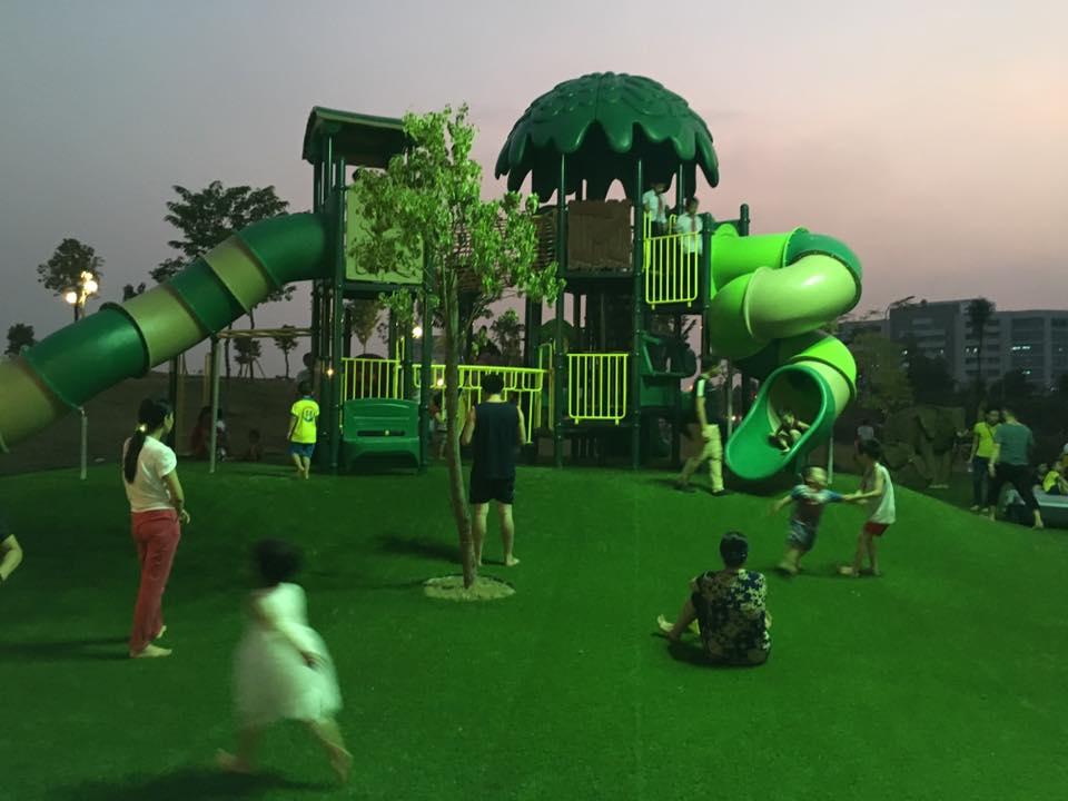 Cỏ nhân tạo lót công viên - khu vui chơi